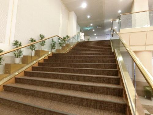 ホテルエピナール那須の階段
