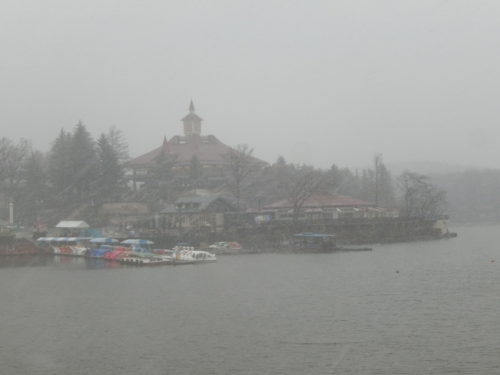 雪のりんどう湖レイクビュー